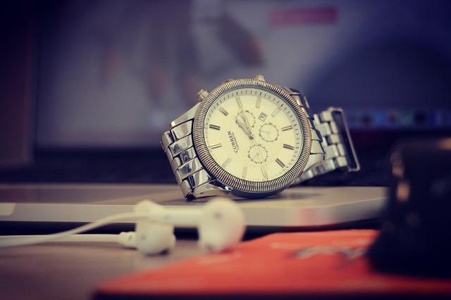 watch-1245791_1920